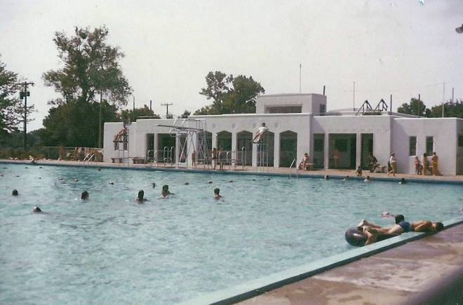 Vintage photo of the municipal swimming pool in Marshall, Mo.